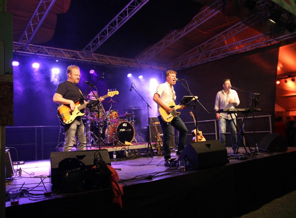 Neue Fotos vom Konzert auf Sinnflut im Sommer